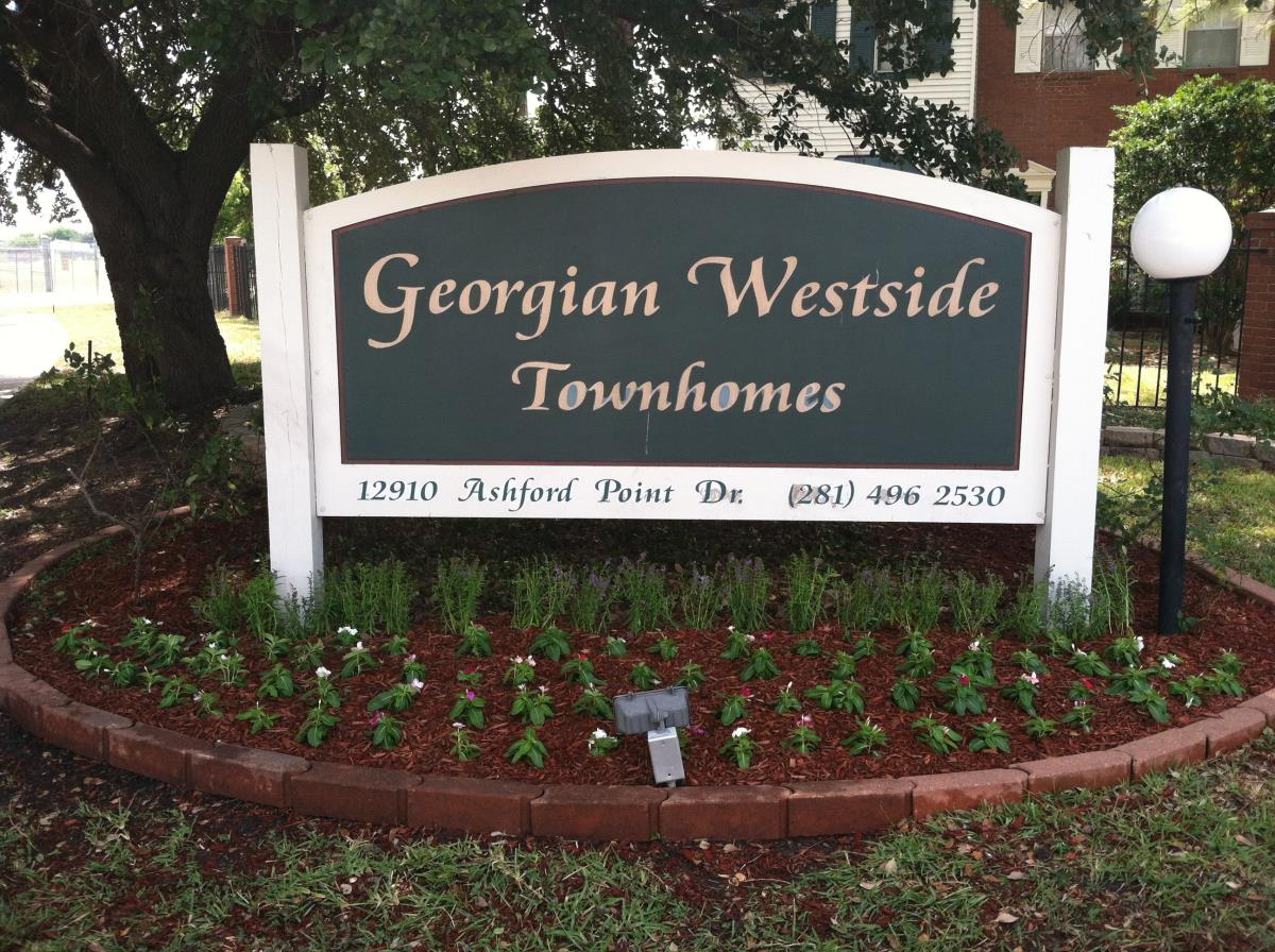 Georgian Westside Apartments Houston TX