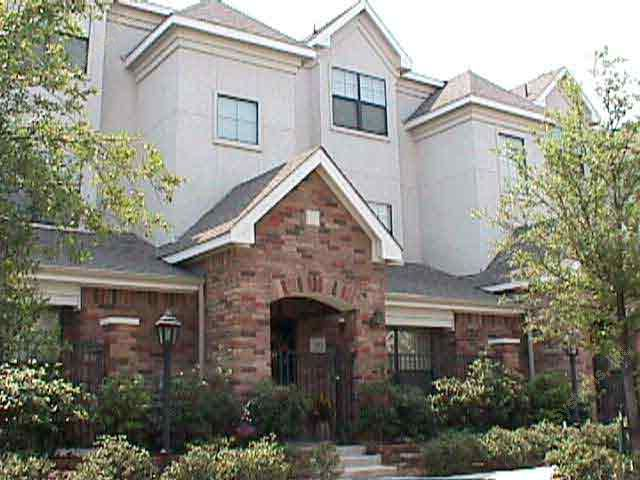 Brownstones Apartments , TX