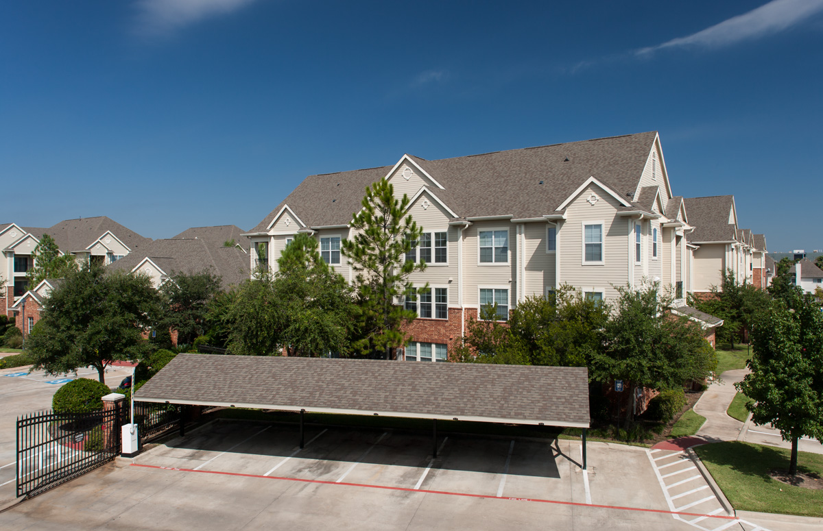 Exterior at Listing #143462
