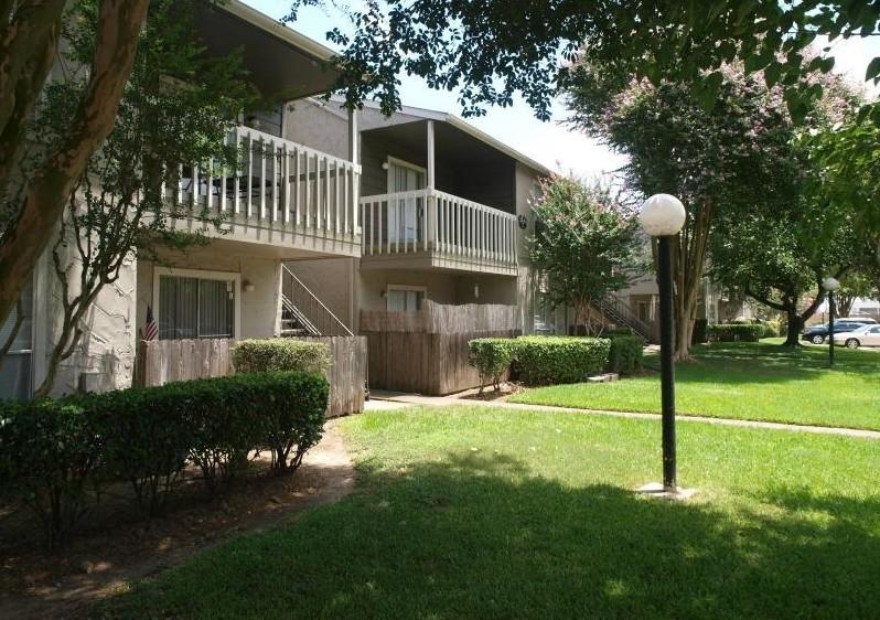 Gateway at Ellington Apartments Webster TX