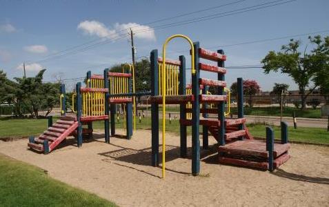 Playground at Listing #139188