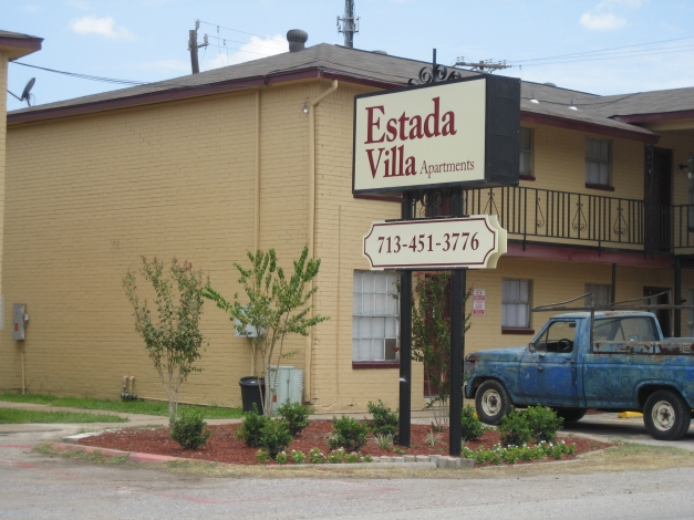 Estrada Villa Apartments Houston, TX