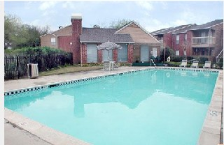 Pool at Listing #138519