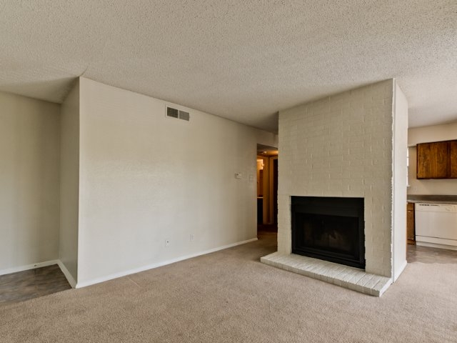 Living at Listing #144873
