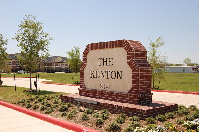 Kenton Apartments Alvin, TX