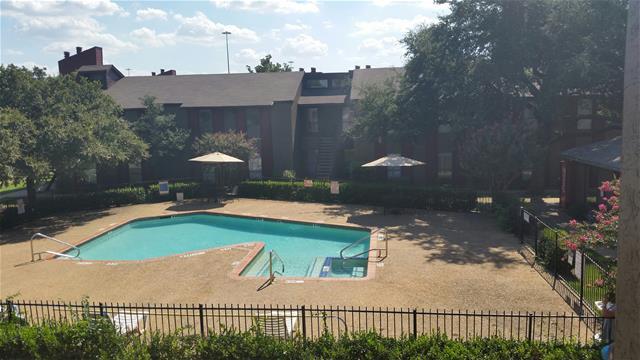Pool at Listing #136366
