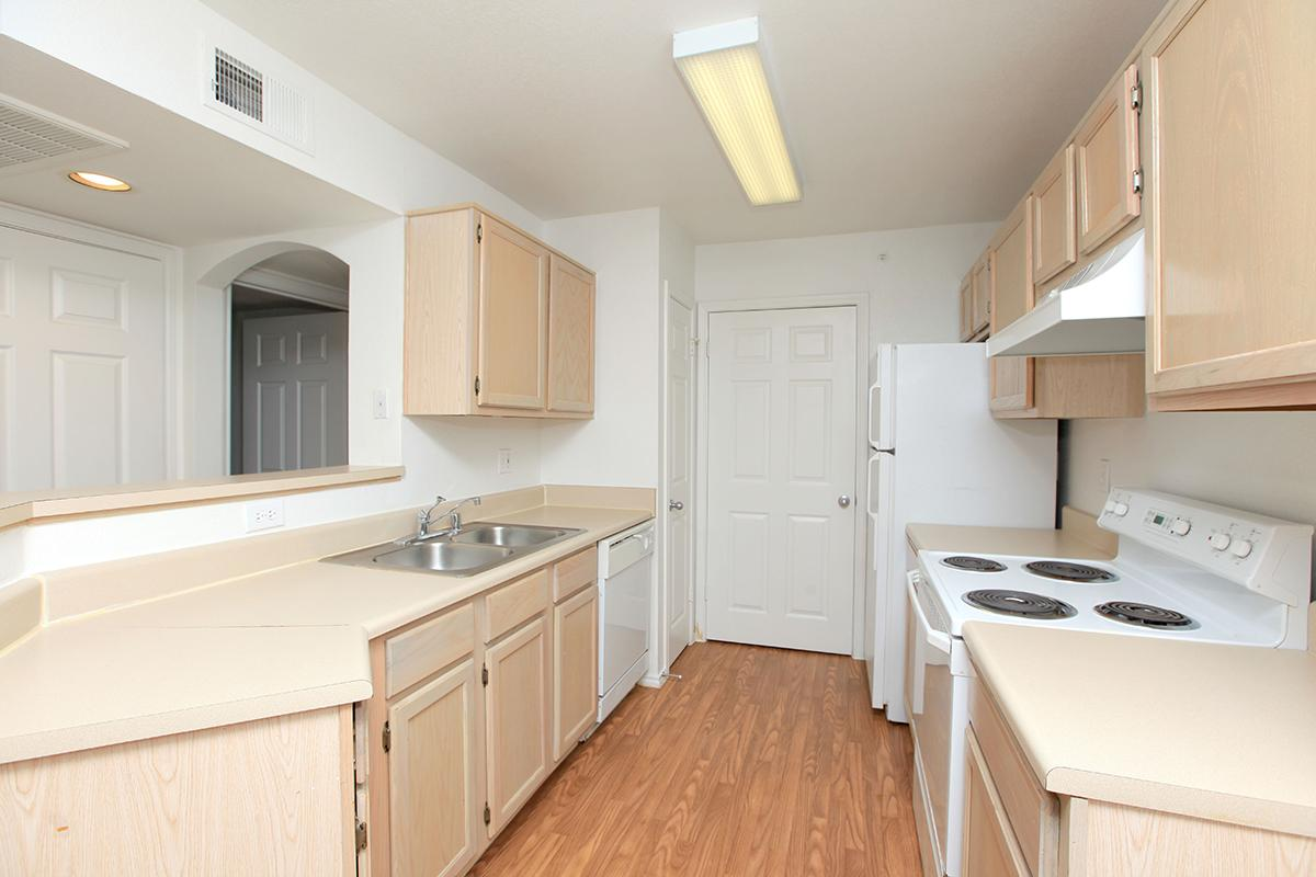 Kitchen at Listing #136640