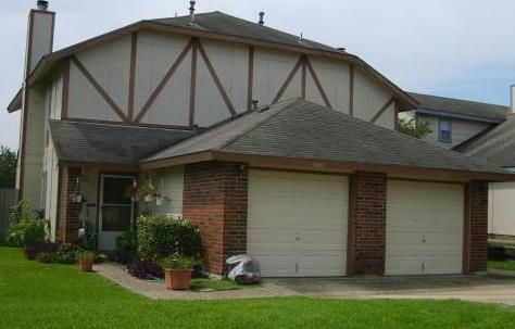 Woodlake Duplexes Apartments San Antonio TX