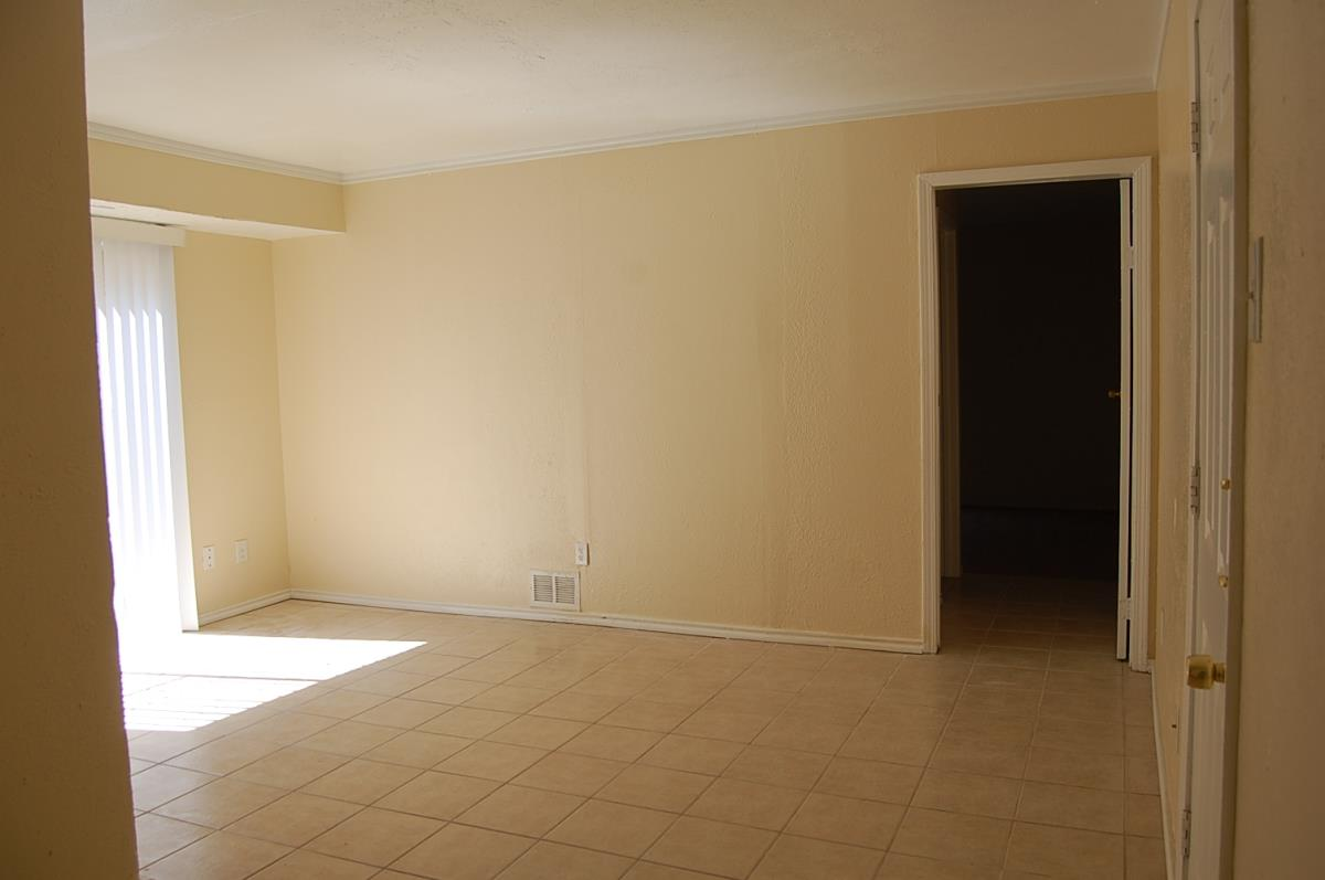 Living at Listing #135851