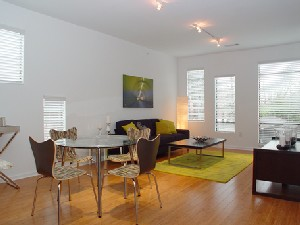 Living at Listing #145922