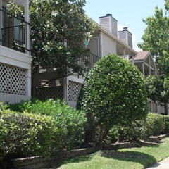 Exterior 2 at Listing #139767