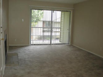 Living at Listing #140460