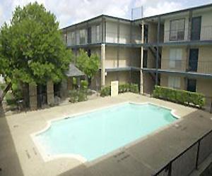 Westward Square Apartments Houston, TX