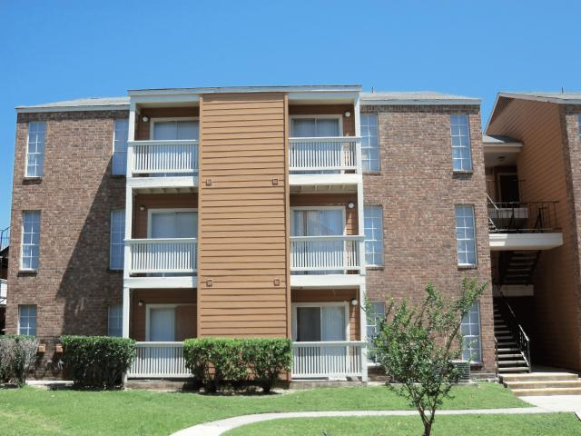 Springwood Villas Apartments San Antonio, TX