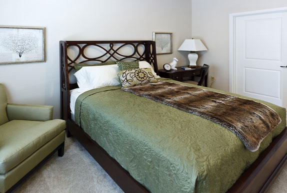 Bedroom at Listing #150541