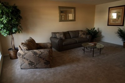 Living Area at Listing #139058