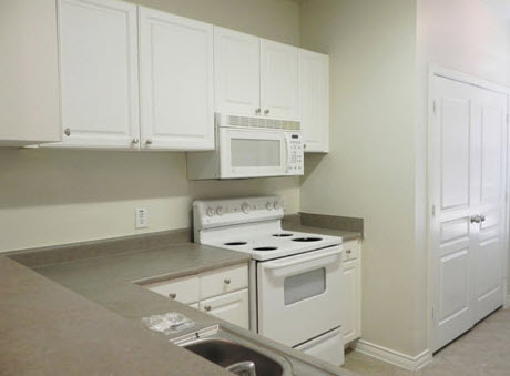 Kitchen at Listing #226951