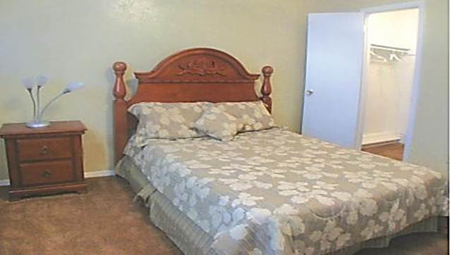 Bedroom at Listing #151562