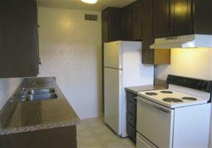 Kitchen at Listing #137310