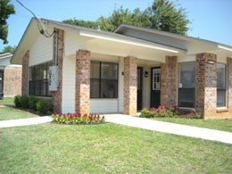 Exterior 2 at Listing #214121