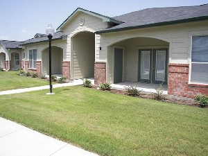 Exterior 4 at Listing #144680