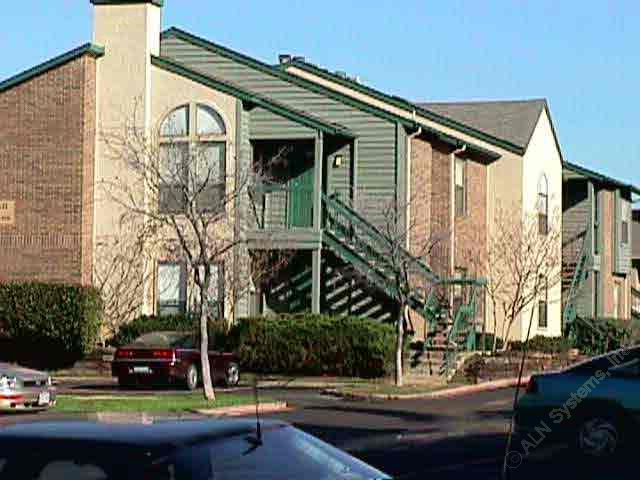Woodland Hills Apartments Irving, TX