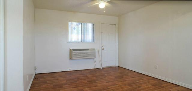 Living at Listing #152835