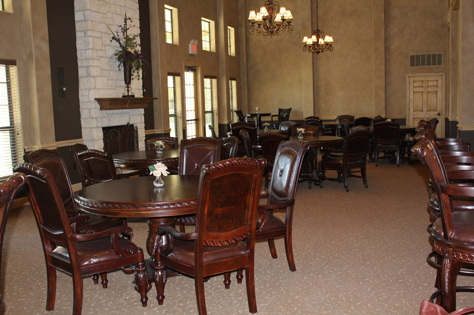 Dining at Listing #151503