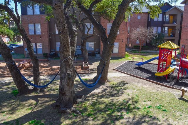 Playground at Listing #140779