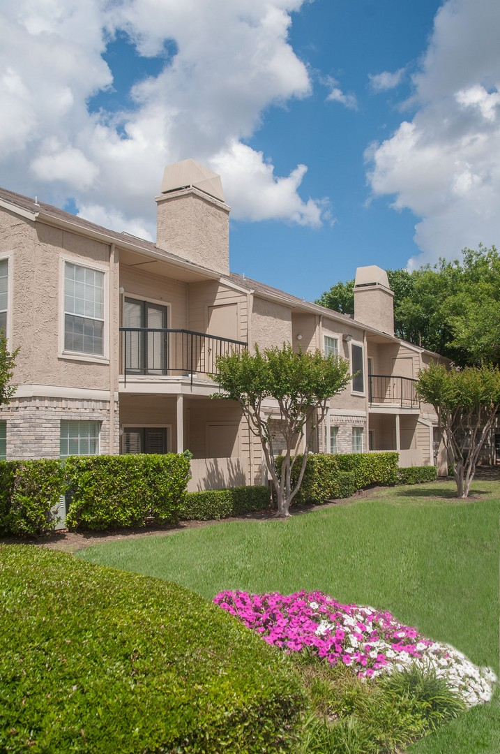 Waterford on the Meadow Apartments Plano TX