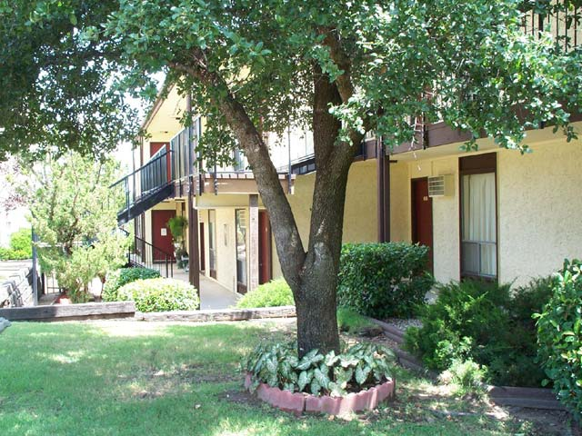 Warren West Apartments , TX