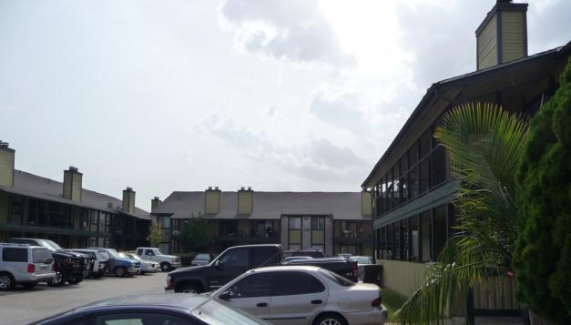 Royale De Ville ApartmentsHoustonTX