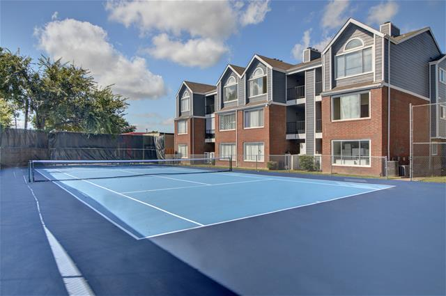 Tennis at Listing #136311