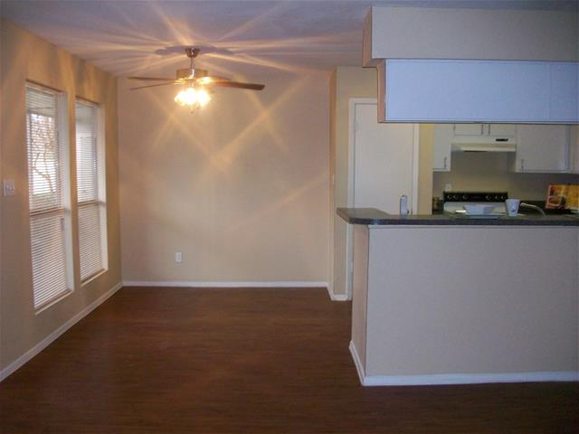 Dining at Listing #139204