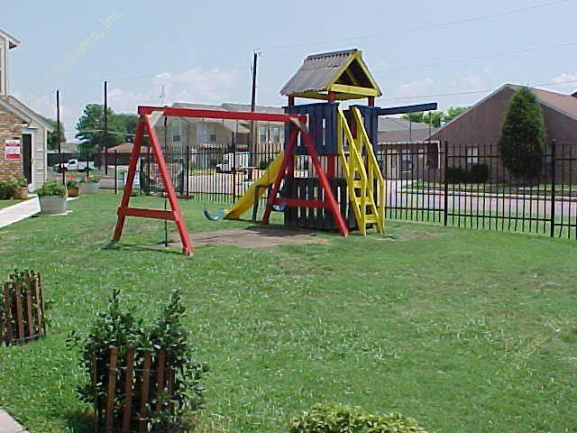Playground at Listing #136177