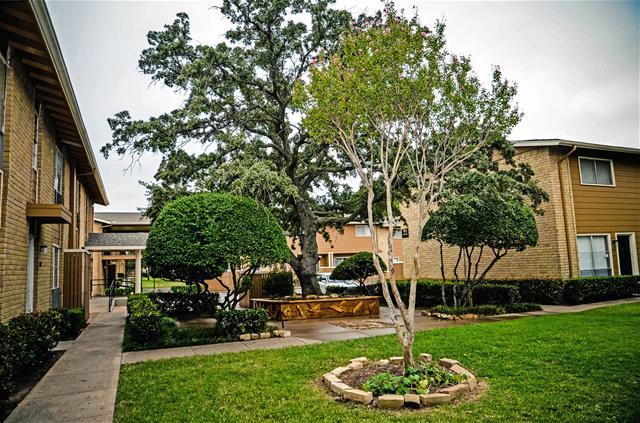 Sandpebble Apartments Irving, TX