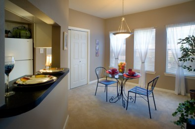 Dining at Listing #139936