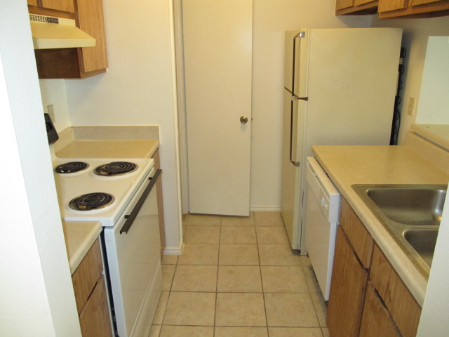 Kitchen at Listing #141316