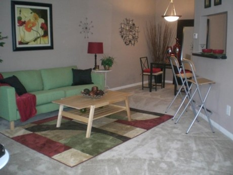 Living at Listing #139936