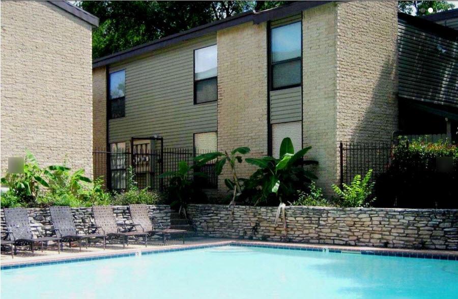 Pool at Listing #140349