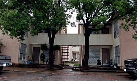 Sierra Vista Apartments Dallas TX