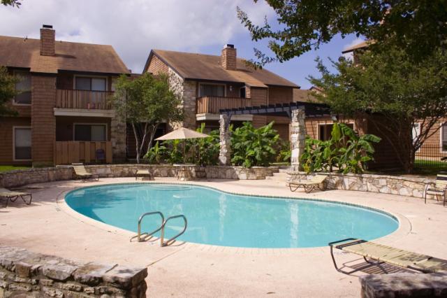 Pool at Listing #141123