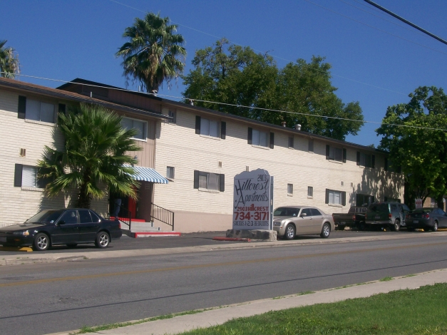 Hillcrest II & III Apartments San Antonio, TX