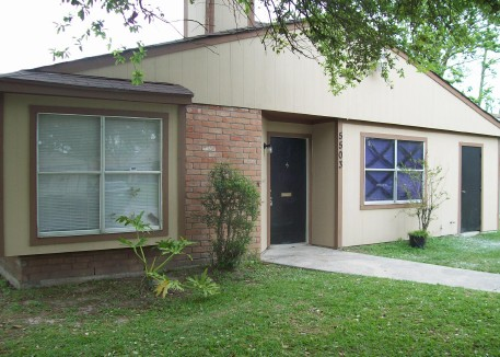Exterior at Listing #147801