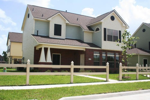 Exterior 4 at Listing #150836