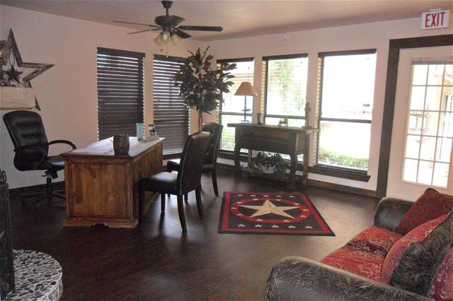 Office at Listing #136366