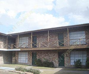 La Hacienda Apartments , TX