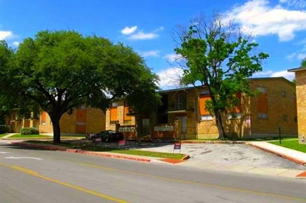 Westchester ApartmentsBalcones HeightsTX