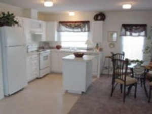 Kitchen/Dining Area at Listing #144385