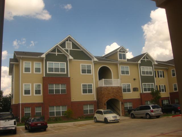 Residences at Onion Creek Apartments , TX